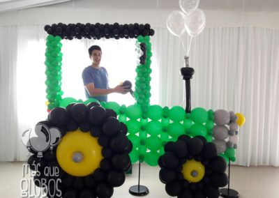 Photocall tractor