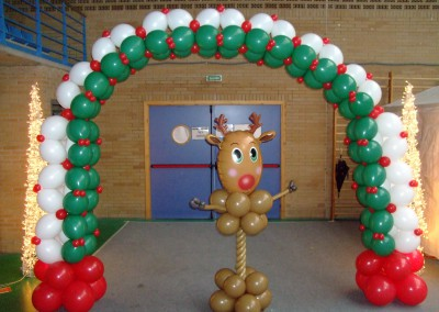 Arco Navidad y columna de reno.