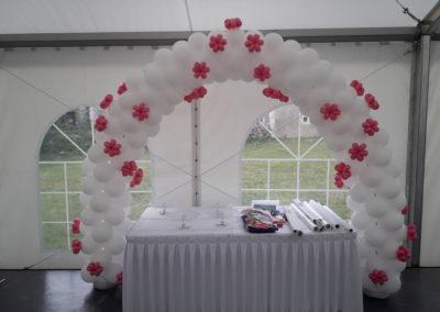 Arco blanco y rosa Primera Comunión