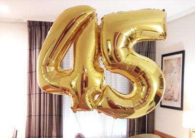 ¡Felices 45!